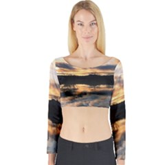 SUN REFLECTED ON LAKE Long Sleeve Crop Top