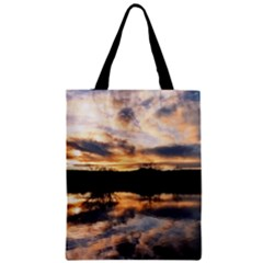 SUN REFLECTED ON LAKE Zipper Classic Tote Bags