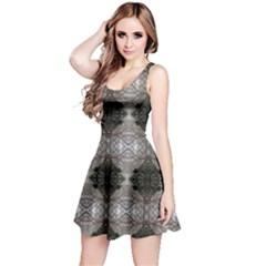 0510002010 St Louise Reversible Sleeveless Dress