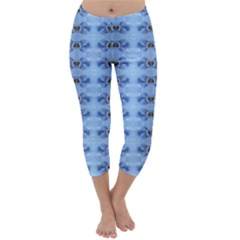 Pastel Blue Flower Pattern Capri Winter Leggings
