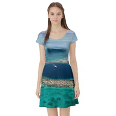 GREAT BLUE HOLE 1 Short Sleeve Skater Dresses