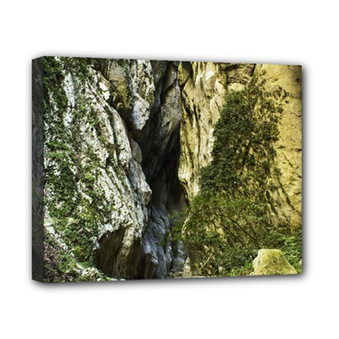 MOUNTAIN PATH Canvas 10  x 8