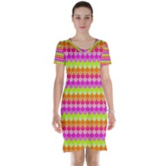 Scallop Pattern Repeat In 'la' Bright Colors Short Sleeve Nightdresses