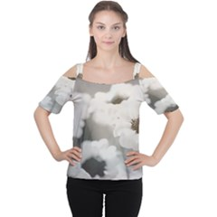 BLACK AND WHITE FLOWER Women s Cutout Shoulder Tee