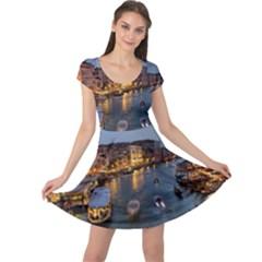 VENICE CANAL Cap Sleeve Dresses