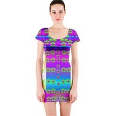 Peace And Groovy Short Sleeve Bodycon Dress
