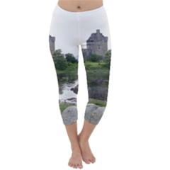 Scotland Eilean Donan Capri Winter Leggings