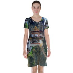 Paro Taktsang Short Sleeve Nightdresses