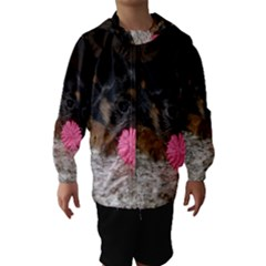 PUPPY WITH A CHEW TOY Hooded Wind Breaker (Kids)