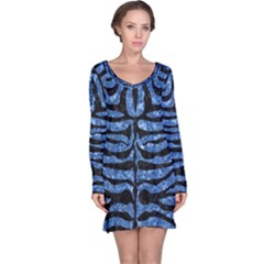 Skin2 Black Marble & Blue Marble Long Sleeve Nightdress