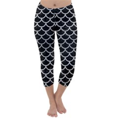 SCA1 BK MARBLE SILVER Capri Winter Leggings