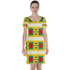 Connected Squares And Triangles Short Sleeve Nightdress