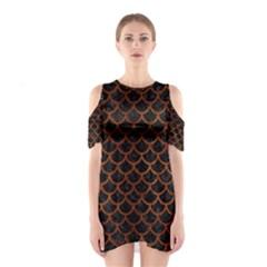 SCA1 BK MARBLE BURL Cutout Shoulder Dress