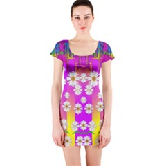 Over and under the rainbow is love Short Sleeve Bodycon Dress