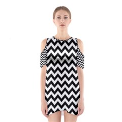 Black And White Zigzag Cutout Shoulder Dress