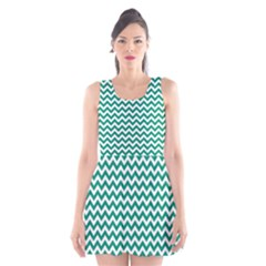 Emerald Green And White Zigzag Scoop Neck Skater Dress