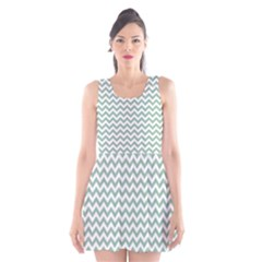 Jade Green And White Zigzag Scoop Neck Skater Dress