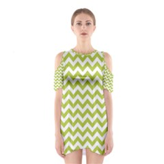 Spring Green And White Zigzag Pattern Cutout Shoulder Dress