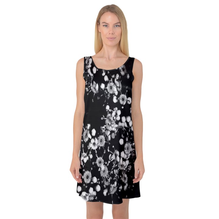 Little Black and White Flowers Sleeveless Satin Nightdress