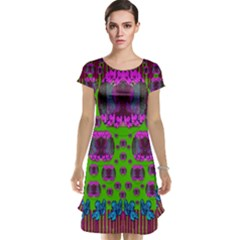 Ladies Looking At Beauty And Love Cap Sleeve Nightdress