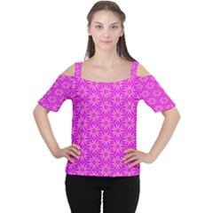 Pink Snowflakes Spinning In Winter Women s Cutout Shoulder Tee