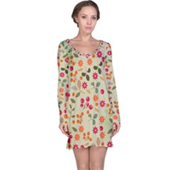 Elegant Floral Seamless Pattern Long Sleeve Nightdress
