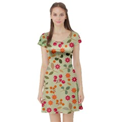 Elegant Floral Seamless Pattern Short Sleeve Skater Dress