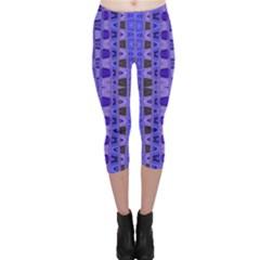 Blue Black Geometric Pattern Capri Leggings
