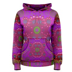 Steam Punk And Fauna In A Global Gathering Women s Pullover Hoodie