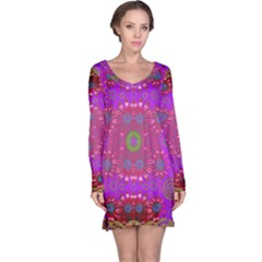 Steam Punk And Fauna In A Global Gathering Long Sleeve Nightdress