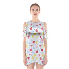 Seamless Colorful Flowers Pattern Cutout Shoulder Dress