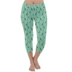 Seamless Lines And Feathers Pattern Capri Winter Leggings