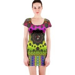 Stars A Dove A  Woodo Stratocaster In Peace And Leather Short Sleeve Bodycon Dress