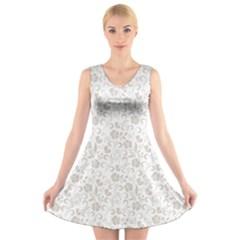 Elegant seamless Floral Ornaments Pattern V-Neck Sleeveless Skater Dress