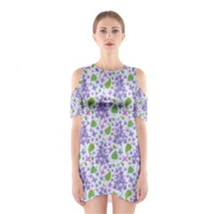 liliac flowers and leaves Pattern Cutout Shoulder Dress