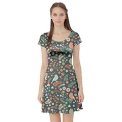 Vintage Flowers And Birds Pattern Short Sleeve Skater Dress
