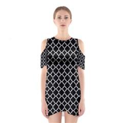 Black White Quatrefoil Classic Pattern Cutout Shoulder Dress