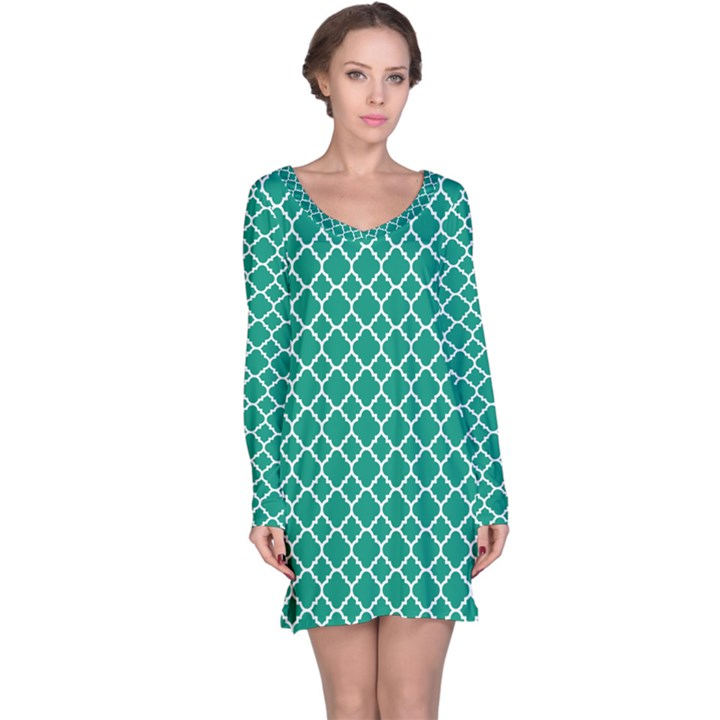 Emerald green quatrefoil pattern Long Sleeve Nightdress