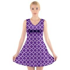 Royal Purple Quatrefoil Pattern V-Neck Sleeveless Dress