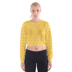 Sunny yellow quatrefoil pattern Women s Cropped Sweatshirt