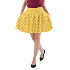 Sunny Yellow Quatrefoil Pattern A Line Pocket Skirt