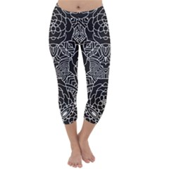 Mariager - Bold Flower Design - Black And White Capri Winter Leggings