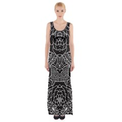 Mariager - Bold Flower Design - Black And White Maxi Thigh Split Dress