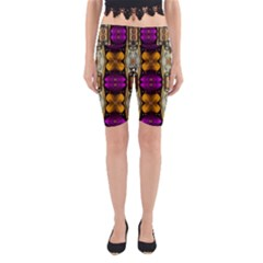 Contemplative Floral And Pearls  Yoga Cropped Leggings