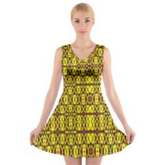 Small  Big V Neck Sleeveless Skater Dress