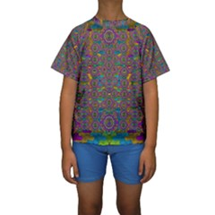 Peacock Eyes In A Contemplative Style Kid s Short Sleeve Swimwear