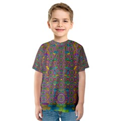 Peacock Eyes In A Contemplative Style Kid s Sport Mesh Tee