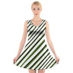 Diagonal Stripes V-Neck Sleeveless Skater Dress