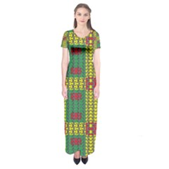 Oregon Delight Short Sleeve Maxi Dress