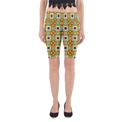Flowers and squares pattern                                            Yoga Cropped Leggings